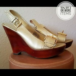 Nine West Gold Leather Wedge Sandals Size 7.5